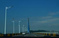 珠海桥大桥桥面上的路灯