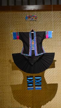 畲族女子服饰