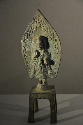 文物鎏金铜大势至菩萨立像