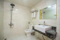 瓷砖卫生间