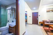 客厅卫生间
