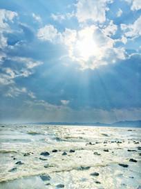 滇池水面耶稣光景观