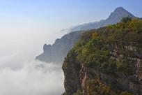 半山腰间的云海美景