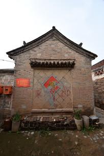 农村青砖老房子侧面