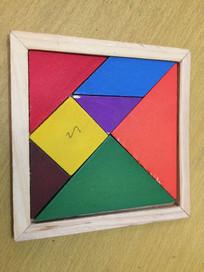 小学生数学使用工具七巧板