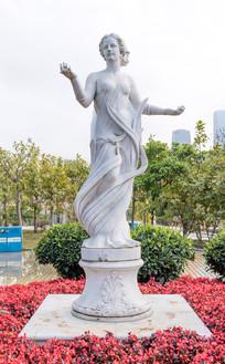 希腊女性雕塑