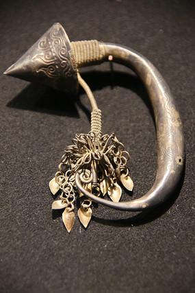 客家银龙耳环