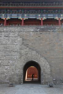 青砖城门门洞