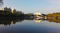 上海大宁公园南湖