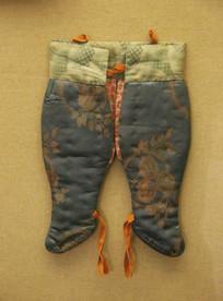 绣花纹儿童棉裤