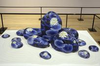 荷花图案卵石形景泰蓝