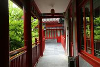 中式建筑走廊
