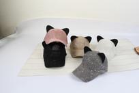 五色猫耳朵棒球帽摄影图