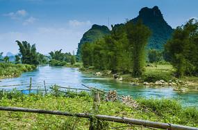 越南广西边界河归春河沿途风光