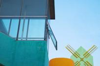儿童公园彩色风车建筑