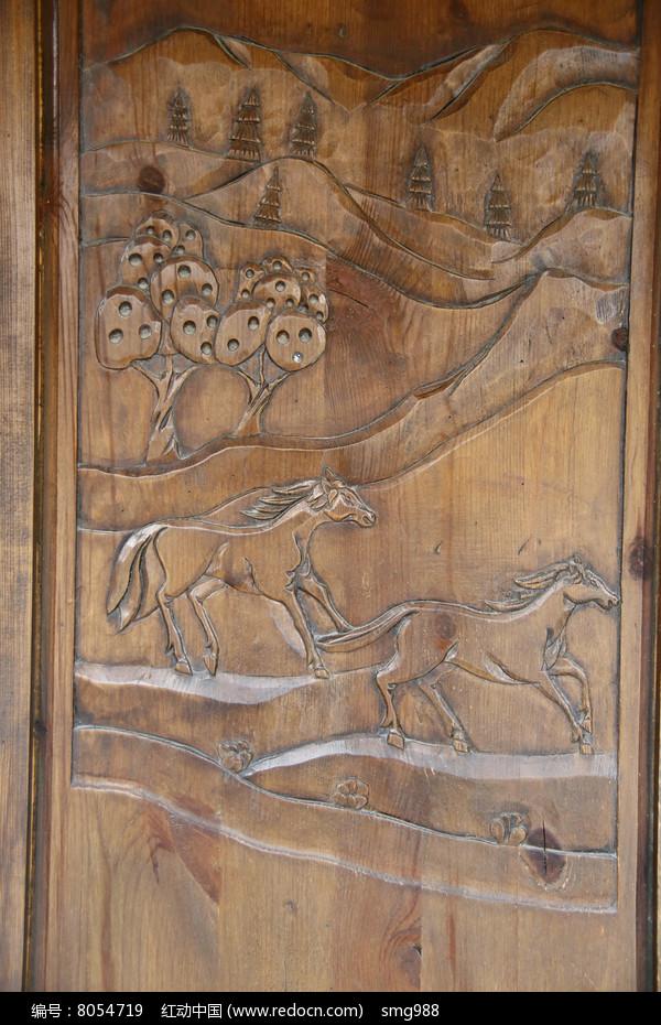 木雕骏马图片