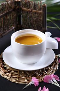 奶油黄金南瓜汤