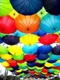 彩色雨伞全景