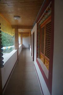 藏族客栈走廊