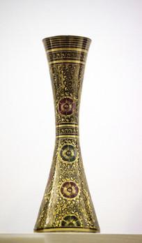石竹花纹铜花瓶