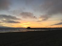 黄昏后的海滩美景风光