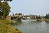 苏州石湖公园三叉古桥