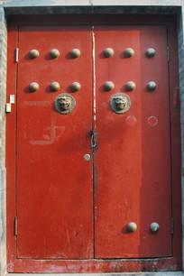传传统乳钉狮子门扣红方门