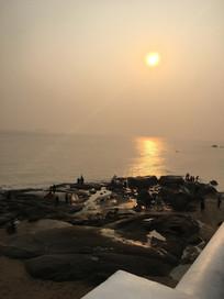 海边夕阳西下