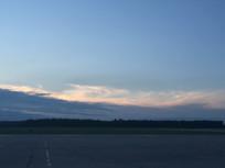 机场黄昏跑到美图