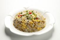雪菜鸡蛋炒米饭