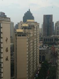 城市高楼大厦一角