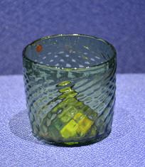 欧洲绿玻璃水流纹酒杯