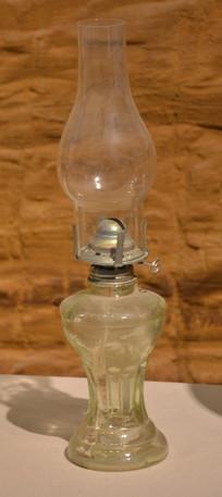收藏品玻璃煤油灯