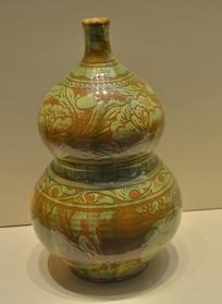 收藏品界首窑彩绘花纹葫芦瓶