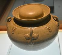 文物青釉四鸡系瓷罐
