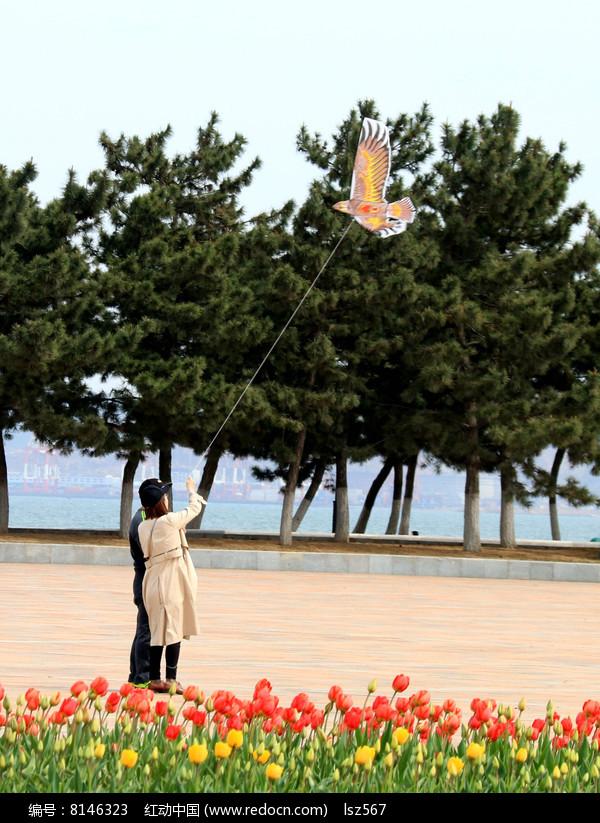 放风筝情侣图片高清图片下载 红动网图片
