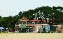海边烧烤店