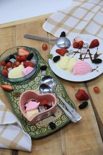 水果混搭冰淇淋