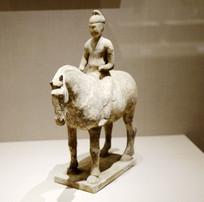 唐代骑陶骆驼佣