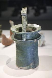 东汉釉陶井