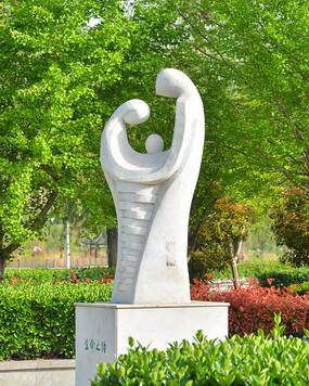 雕塑作品生命之源