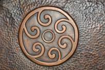 浮雕古代太阳花纹