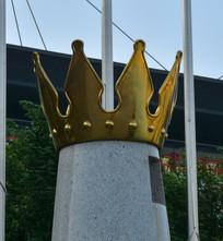 帽子雕塑皇冠