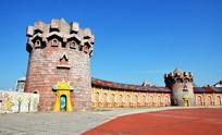 游乐场外部围墙