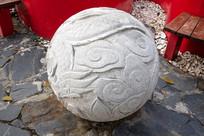 凤凰圆球石雕