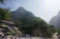 雄伟壮观的高山