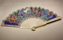 清代象牙彩绘人物折扇