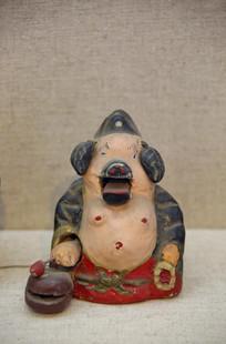 民国樟木雕金漆猪