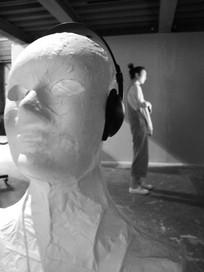 欣赏音乐雕塑
