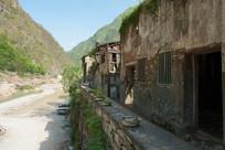重庆巫溪宁厂古镇年久失修的民居